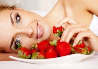 Los alimentos y nutrientes para mantenerte joven y delgada