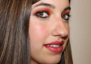 Maquillaje de fiesta Marsala paso a paso, el color del 2015