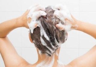 �C�mo lavar el pelo en verano?