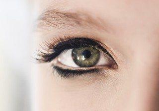 Lecci�n de maquillaje: c�mo trazar el eyeliner perfecto, paso a paso