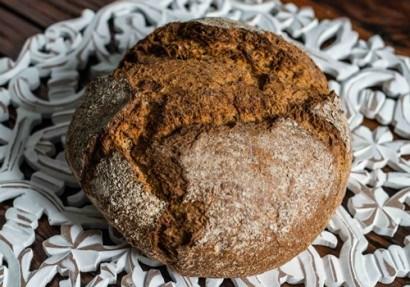 Pan de espelta: descubre los beneficios y propiedades del cereal de moda