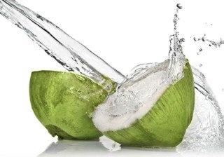 Beneficios y propiedades del agua de coco �sorpr�ndete!