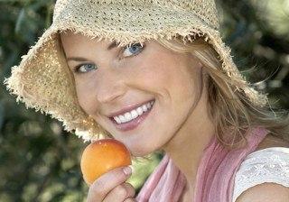 Alimentos y complementos alimenticios para no engordar y evitar las digestiones pesadas en vacaciones