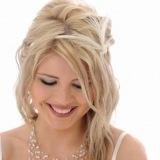Peinados de novia: semirecogido