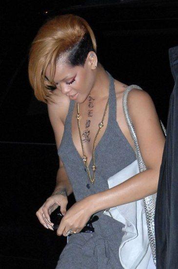 El pelo de Rihanna de dos colores