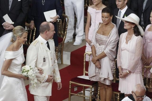 Las Princesas Carolina y Estefanía de Mónaco: invitadas de honor