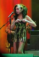 Las drogas y el alcohol, entre las posibles causas de la muerte de Amy Winehouse