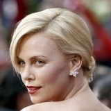Charlize Theron vivi� un tr�gico problema de violencia dom�stica hace a�os