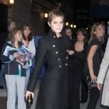 Emma Watson, atrevida y elegante enfundada en unos tacones de v�rtigo