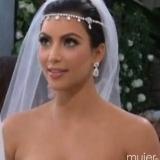 Kim Kardashian acudi� a su boda vestida de blanco