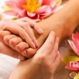 Empieza por los puntos menos er�genos para dar un masaje er�tico
