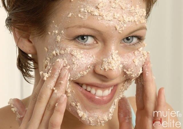Exfoliantes caseros para pieles secas, grasas o sensibles