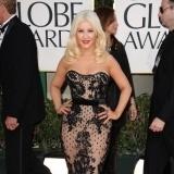 Christina Aguilera, vestido encaje y nude