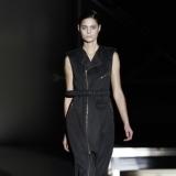 Vestido negro de David Delf�n