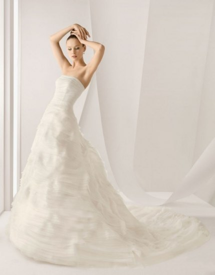 Vestido de novia modelo Alejandria de Rosa Clará | Fotos ...