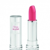 Barra de labios Rouge In Love de Lanc�me en fucsia, ideal para la primavera 2012