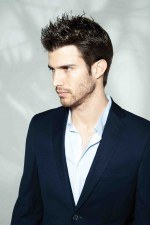 El pelo muy corto también se impone en los cortes de pelo para hombres