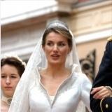 Do�a Letizia Ortiz y su elegante recogido el d�a de su boda con el Pr�ncipe Felipe