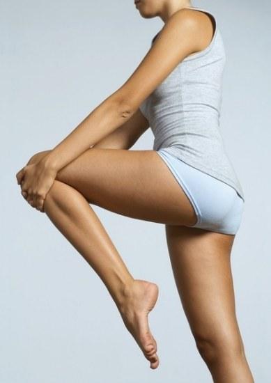 En el stretching hay que flexionar las piernas