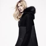 Abrigo con pelo en la capucha de Massimo Dutti