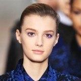 Maquillaje Stella McCartney en tono azul