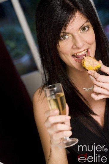 Controla el alcohol en Navidad si no quieres engordar