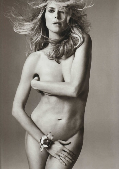 Heidi Klum posa desnuda en la revista Allure