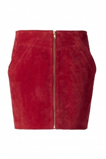 Falda de pana planchada en color rojo para San Valent�n