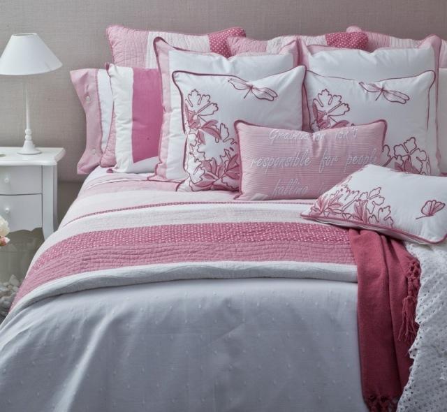 El color rosa como tendencia en ropa de hogar para - Ropa de cama textura ...