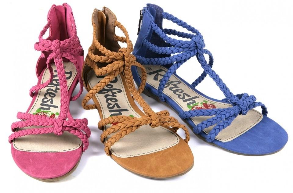 Sandalias con tiras trenzadas, tendencia zapatos primavera-verano 2013