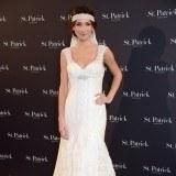 Raquel Jim�nez con recogido bajo vestida de novia