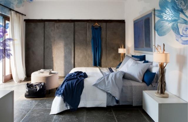 En tu dormitorio puedes colocar un puf como mueble for Mueble auxiliar dormitorio
