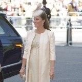 Kate Middleton luciendo embarazo en el 60 aniversario de la coronaci�n de la reina Isabel II