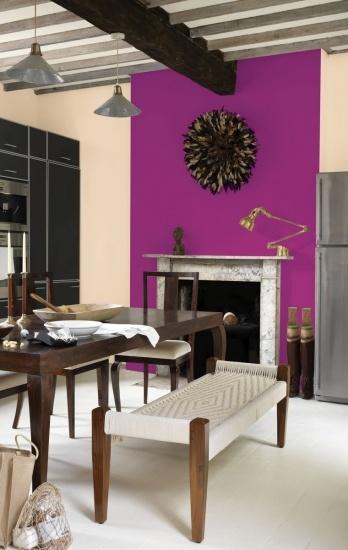 Destaca una pared de tu casa pint�ndola de un tono intenso y acertar�s