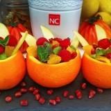Naranjas rellenas de frutas y menta, un postre fresco, ligero y saludable para el D�a del Padre