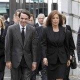 Jos� Mar�a Aznar y Ana Botella a su llegada al funeral de Estado por Adolfo Su�rez en La Almudena