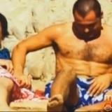 Antonio Canales practica sexo oral con su novio en p�blico
