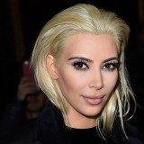 Kim Kardashian se pasa al bando de las rubias