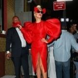 Lady Gaga: �pillada sin ropa interior y con sus partes �ntimas al descubierto!