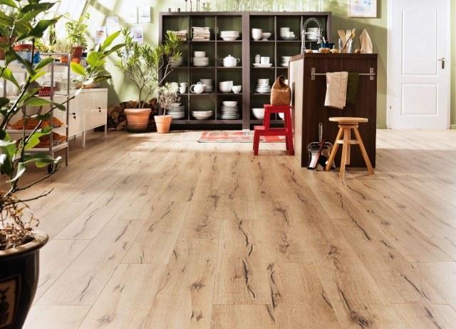 C mo limpiar y cuidar los suelos de parquet de madera - Como limpiar suelo porcelanico ...
