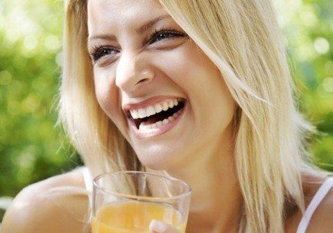 No hay bebida más saludable para apagar tu sed en verano que los zumos. Ficha las combinaciones bajas en calorías y de acción depurativa ...