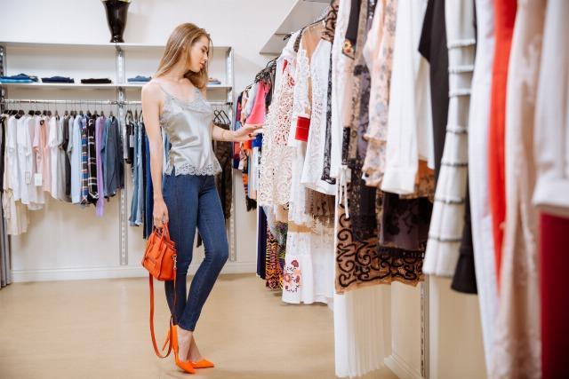 Foto Trucos básicos para elegir las prendas y complementos que mejor te sientan