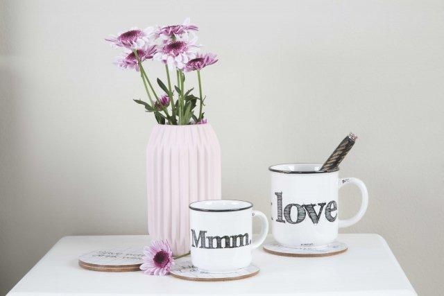 Inunda de amor tu casa con muebles y complementos for Complementos decorativos