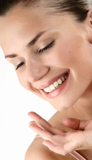 Foto La gimnasia facial es una solución para acabar con las arrugas y recuperar la luminosidad de tu piel