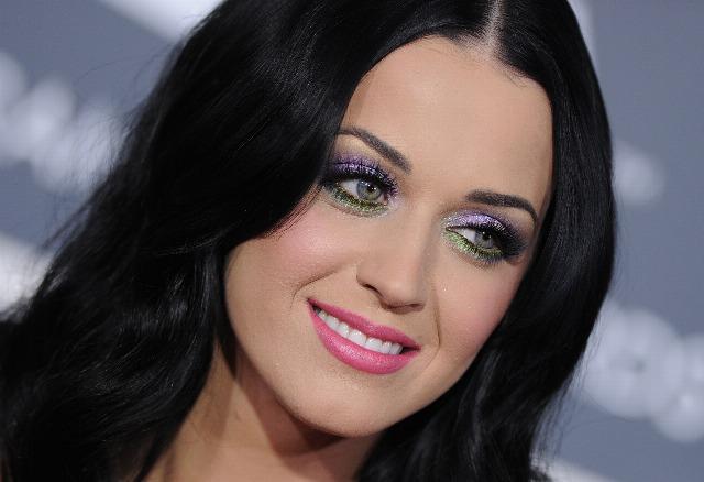 Foto El maquillaje glitter, una apuesta segura en Navidad