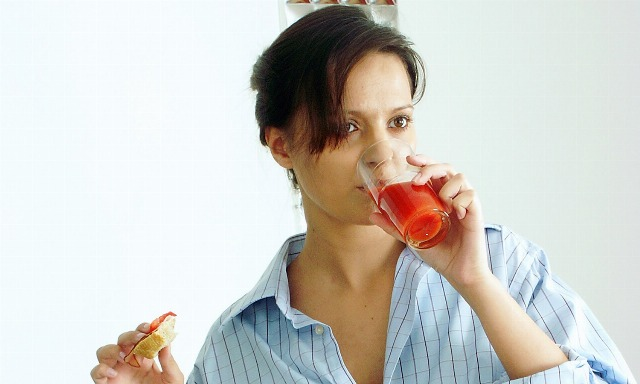 Foto Bebida natural para reducir el colesterol