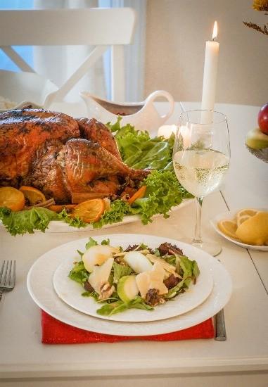 Foto El vinio blanco se impone con platos de pescado y marisco