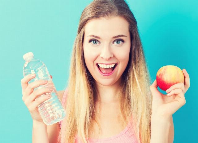 Foto Consejos dietéticos para combatir la retención de líquidos