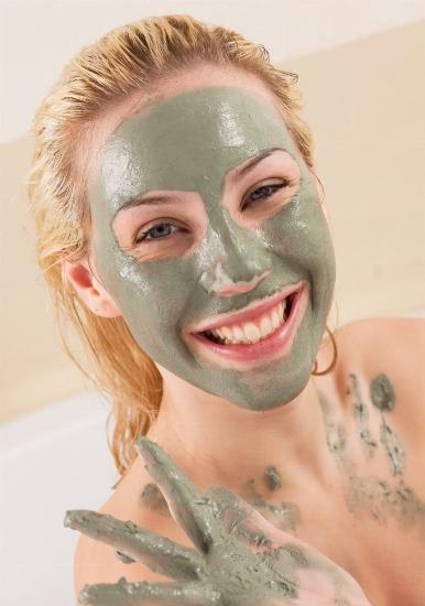 arcilla blanca o verde para la cara