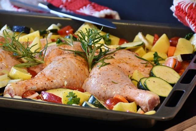 Foto Los muslos o las pechugas de pollo, una proteína barata y muy sana